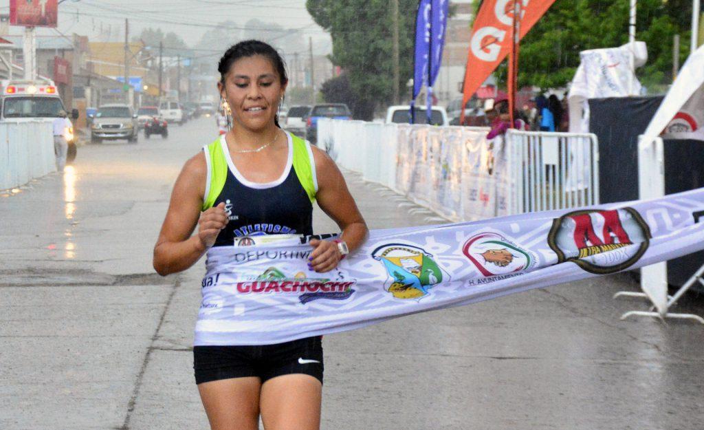 Gaby Cortés, ganadora de los 10kms.